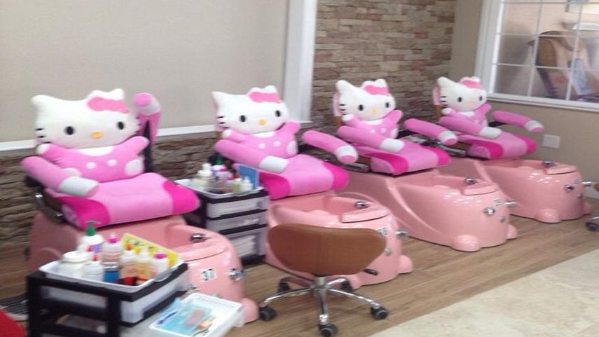 5 Things that Make a Nail Salon with Kid Chair near Me the place to be